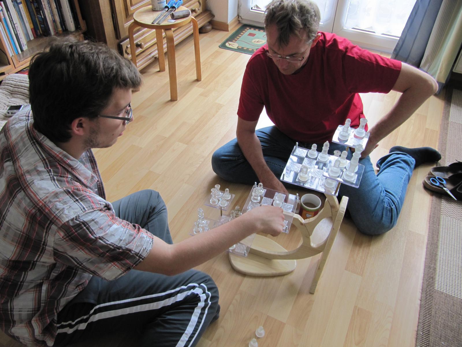 3-D-Schach spielen