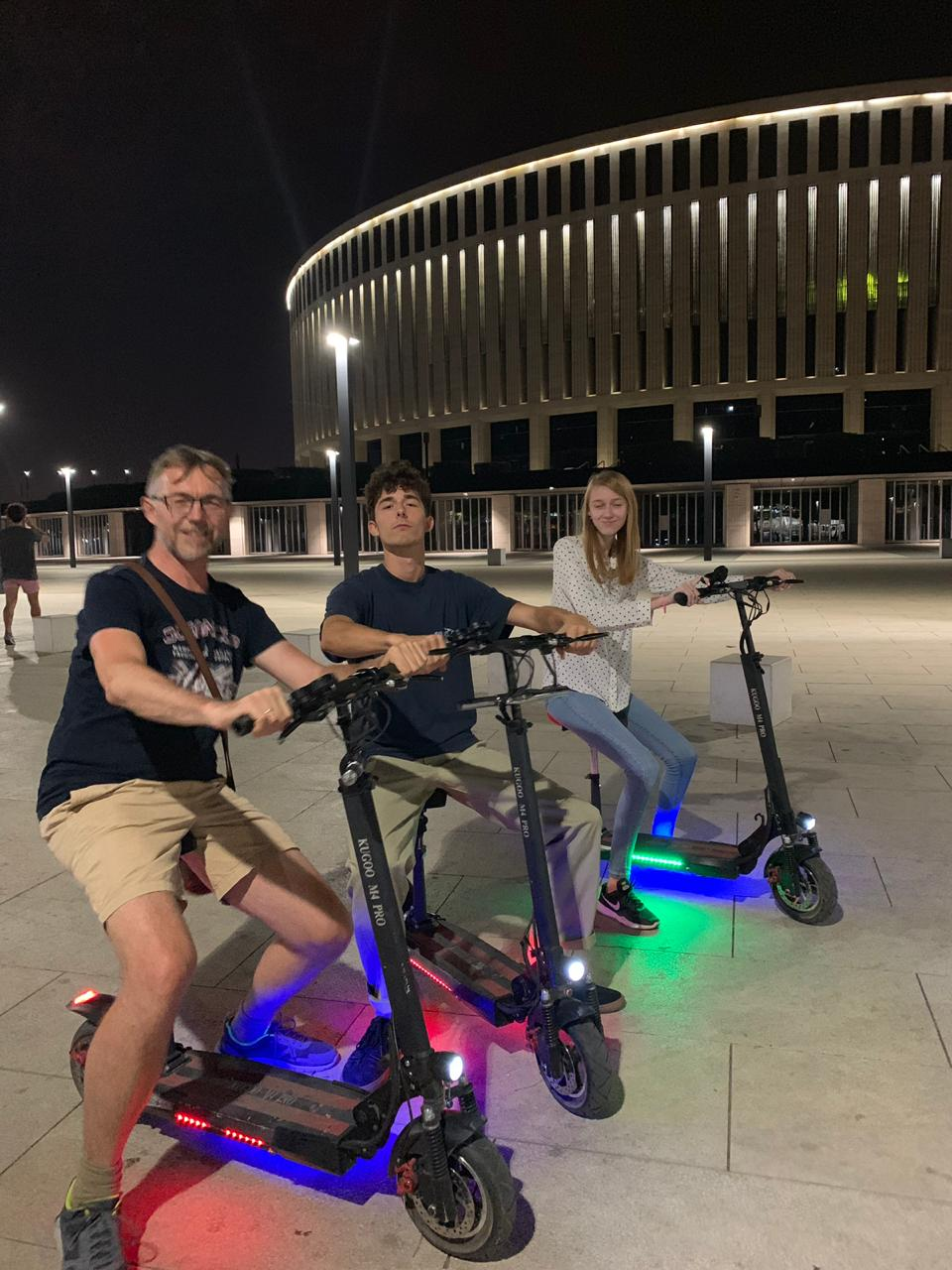 motorisiert durch den Park
