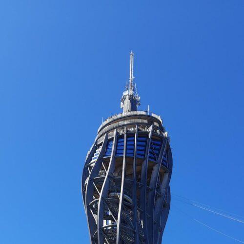 der Turm ist höher und neuer